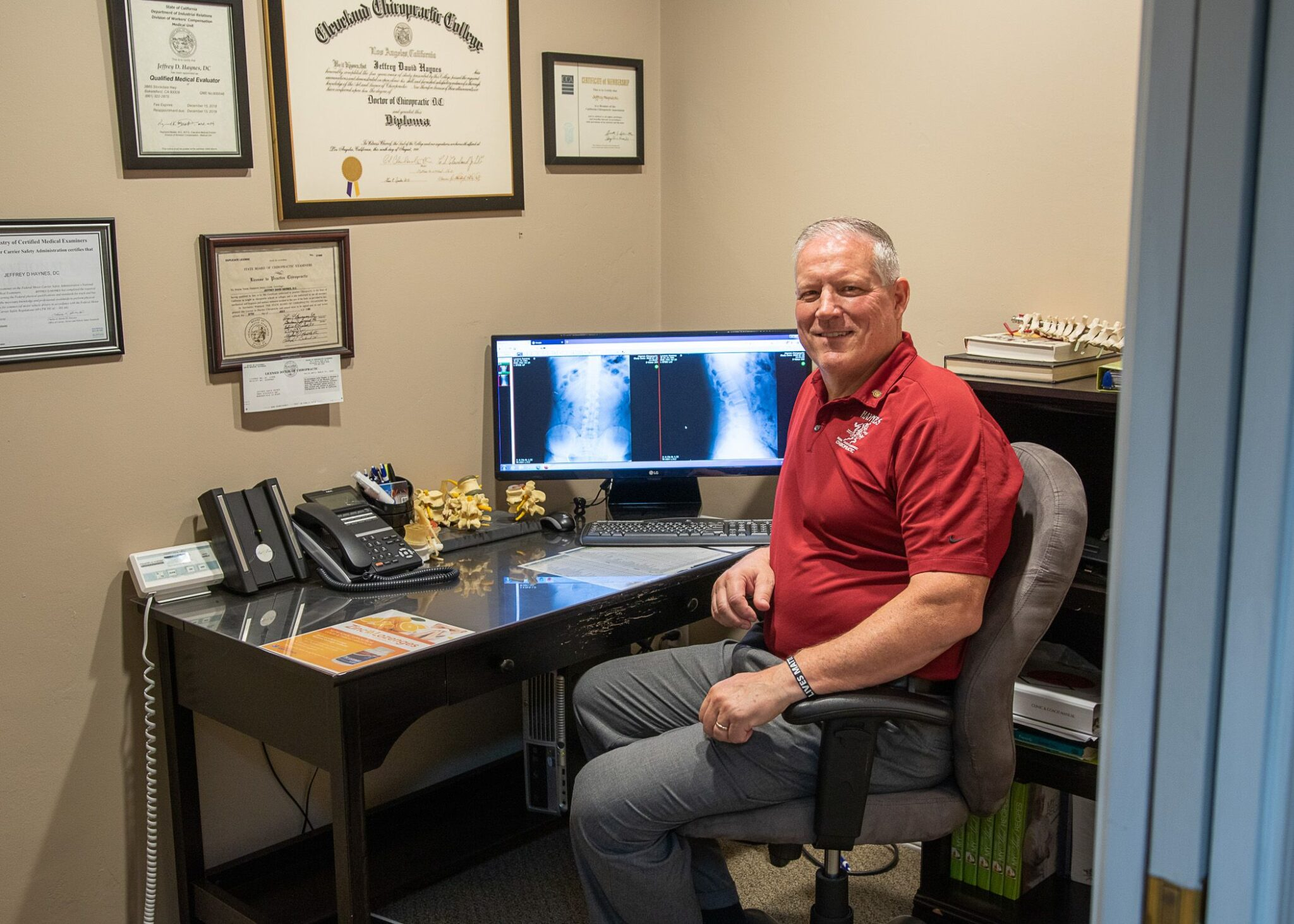 Bakersfield Chiropractor Jeff Haynes